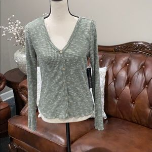 Cozy knit top Almost famous size large